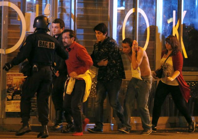 Evakuace z divadla Bataclan