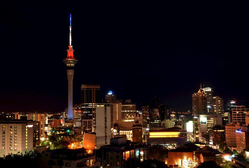 Sky Tower - televizní a vyhlídková věž v Aucklandu, na Novém Zélandu