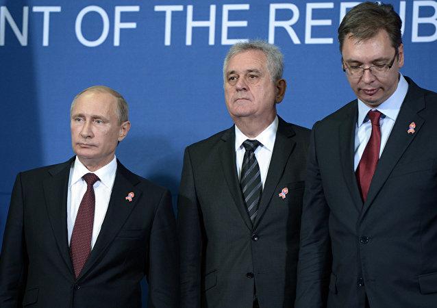 Ruský prezident Vladimir Putin, srbský prezident Tomislav Nikolič a srbský premiér Aleksandar Vučič