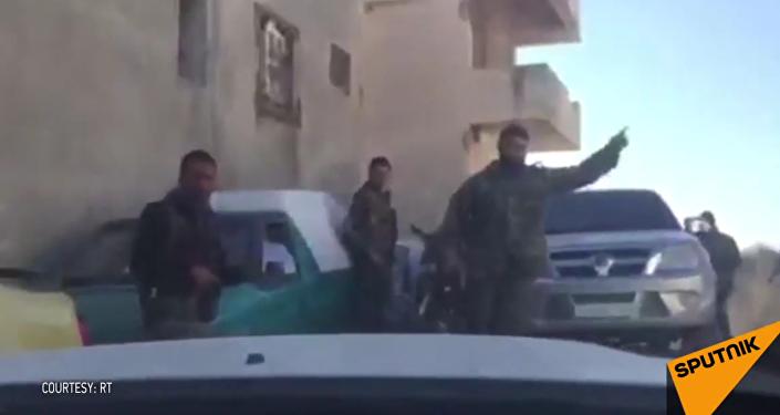 Tři ruští novináři se dostali pod palbu v Sýrii