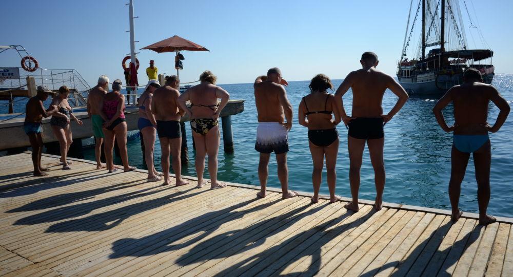 Ruští turisté v Antalyi