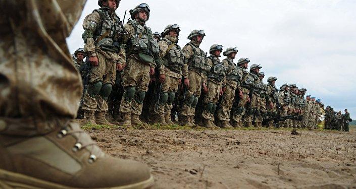 Vojenské cvičení