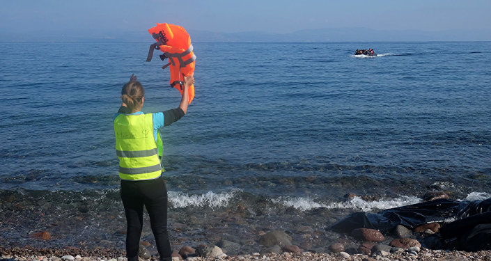 Člun s migranty