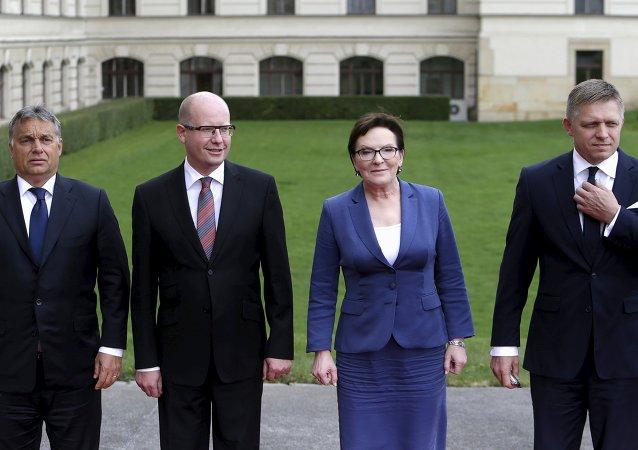 Premiéři zemí Visegrádské skupiny Viktor Orban, Bohuslav Sobotka, Ewa Kopaczová a Robert Fico