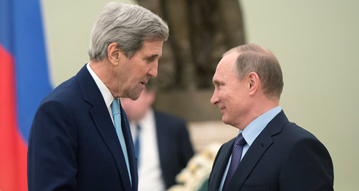 Ruský prezident Vladimir Putin a americký ministr zahraničí John Kerry