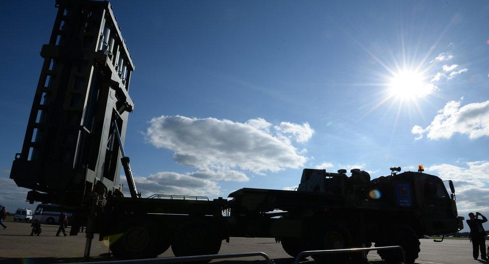 VKS Ruska obdržely první protiletadlový raketový komplet S-350 Viťjaz