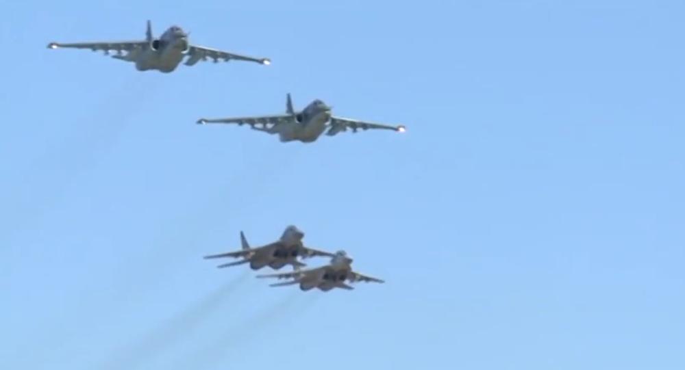 Společný let ruských a syrských pilotů