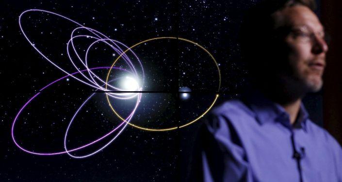 Profesor Michael Brown a devátá planeta