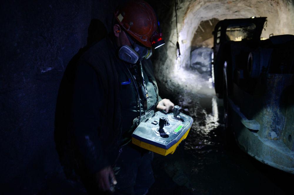 Těžba měděné rudy ve Sverdlovské oblasti