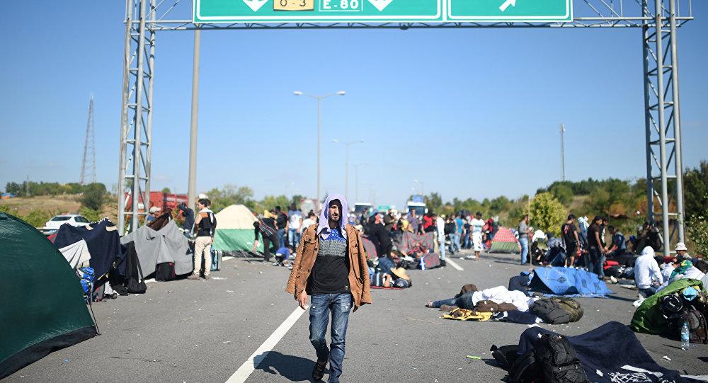 Migranti na řecko-turecké hranici