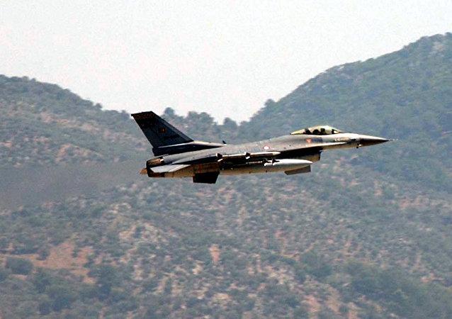 Stíhačka F-16 tureckého letectva