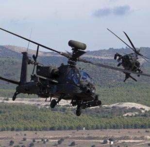 Vrtulník AH-64 Apache