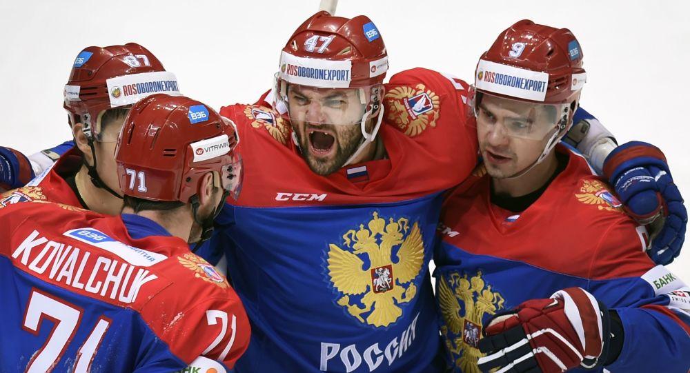 Ruská hokejová reprezentace zvítězila nad Čechy v zápase Evropského turnaje