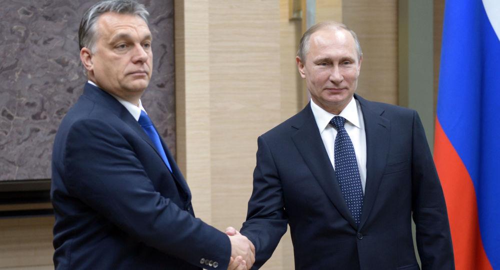 Maďarský premiér Viktor Orbán a ruský prezident Vladimir Putin