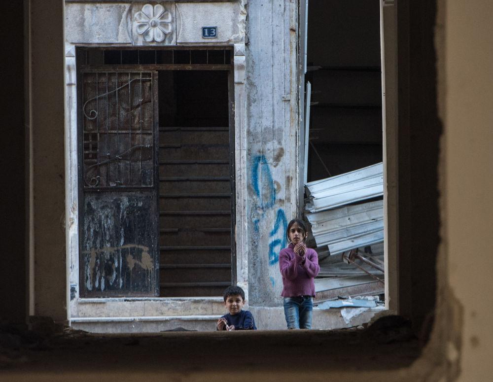 Syrské Aleppo, město na linii fronty
