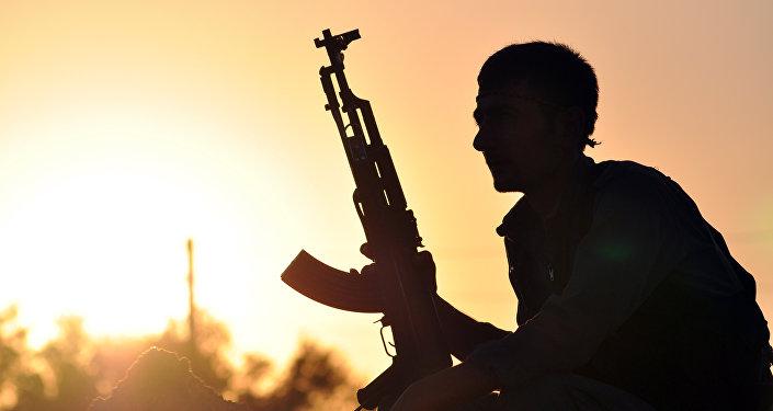 Příslušník kurdské domobrany