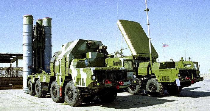Ruský mobilní protiletadlový raketový systém S-300