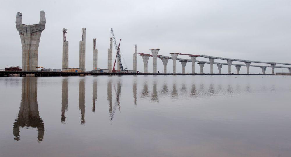 Most v Petrohradu
