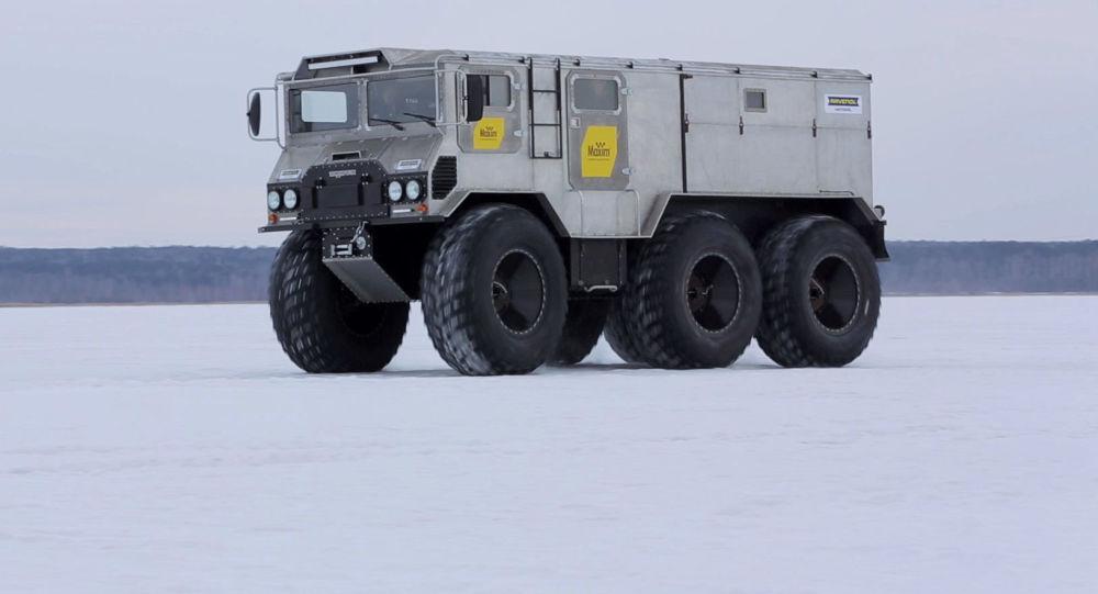 Arktické terénní vozidlo Burlák