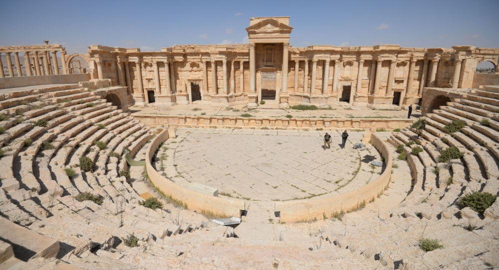 Zničená teroristy historická část Palmýry