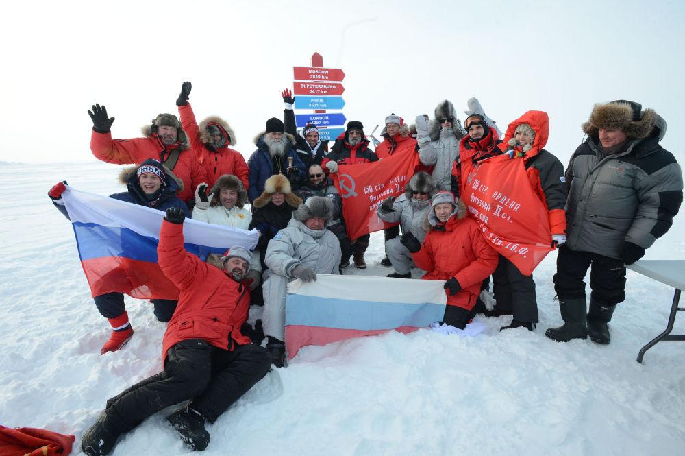Otevření výzkumné stanice «Severní pól-2015» v Severním ledovém oceanu