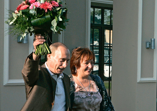 Vladimir und Ljudmila Putinovi