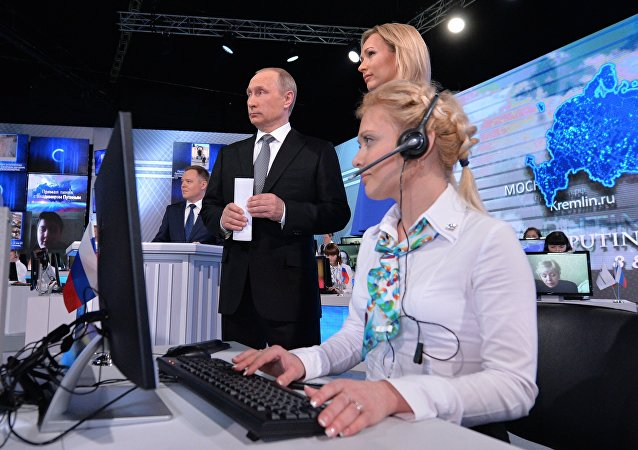 Vladimir Putin během přímé linky