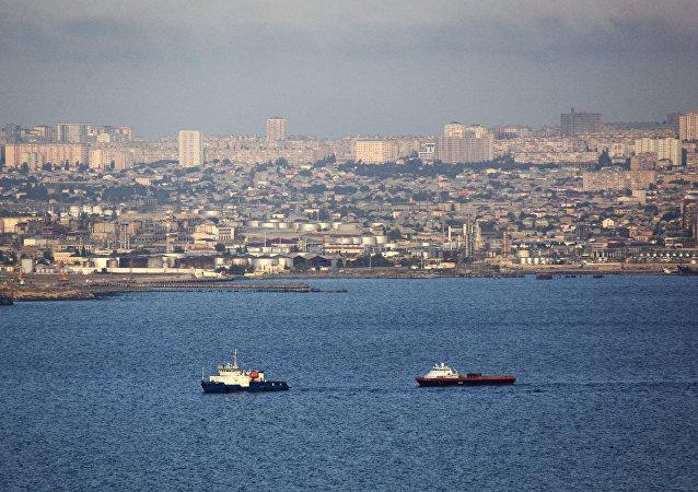 Kaspické moře, pohled na Baku