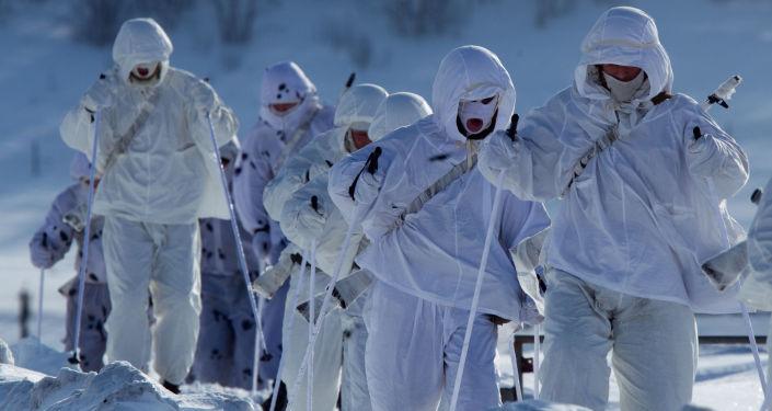 Ruští vojáci v Arktidě