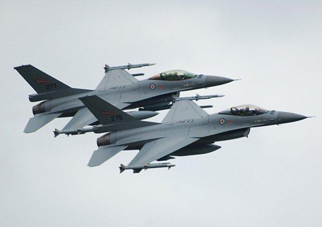 Norské F-16