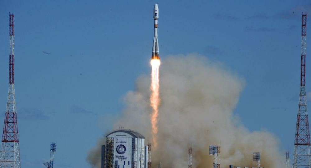 První start rakety Sojuz-2.1a