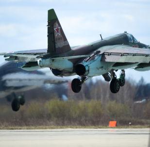 Stíhačka Su-35 na vojenském letišti Kubinka