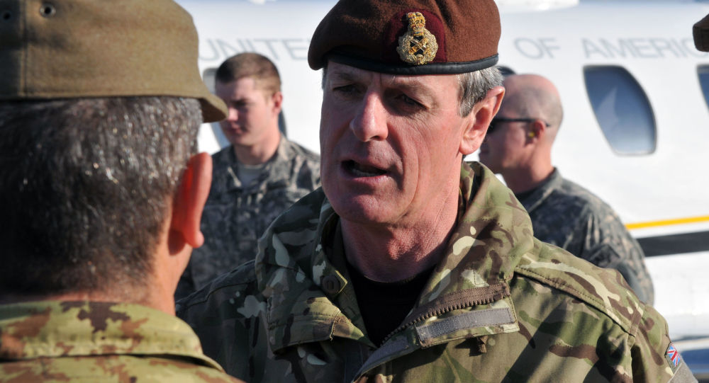 Britský generál Sir Richard Shirreff