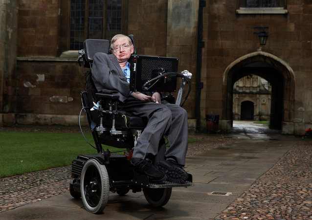 Fyzik Stephen Hawking v Cambridge