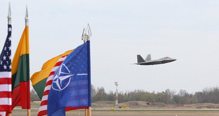 Základna NATO v Litvě