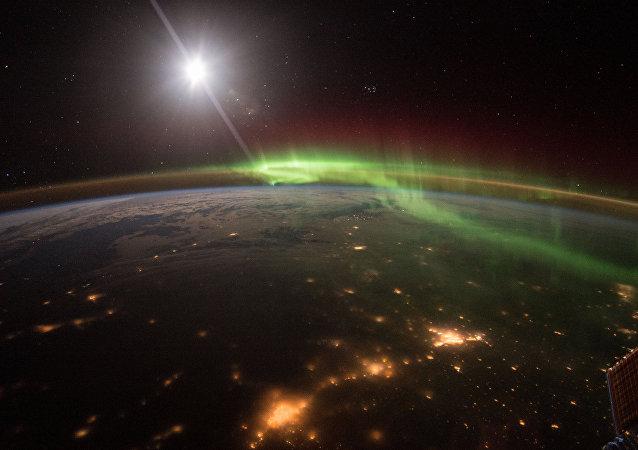 Rusko vyloží do otevřeného prostoru informace o vojenských satelitech USA