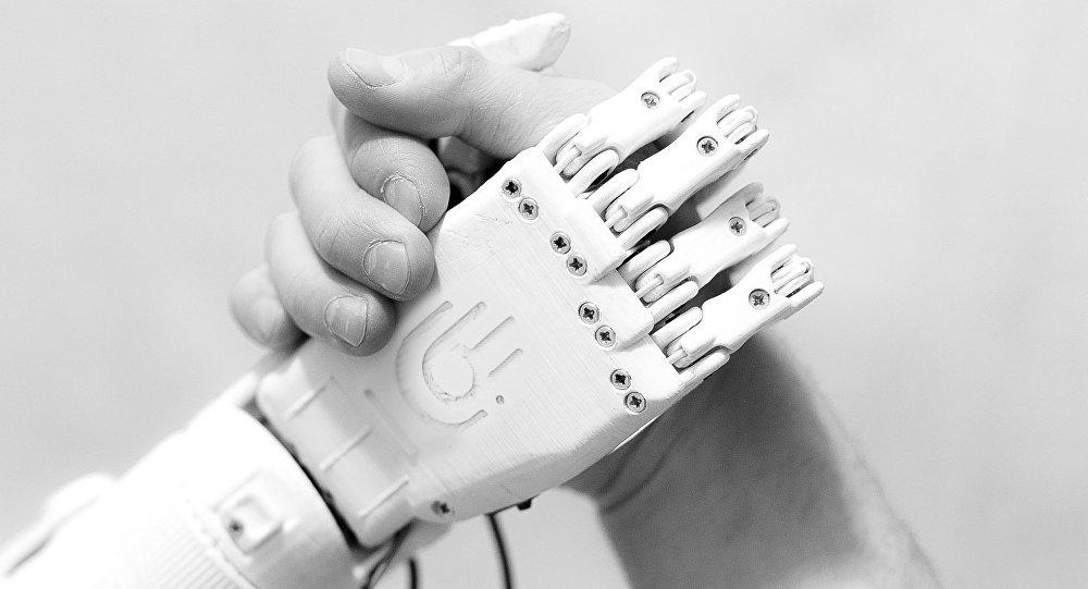 Protéza ruky MaxBionic