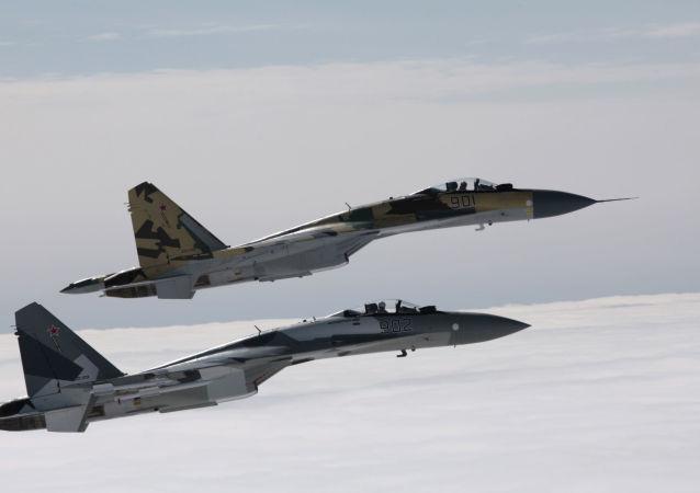 Stíhačky Su-35
