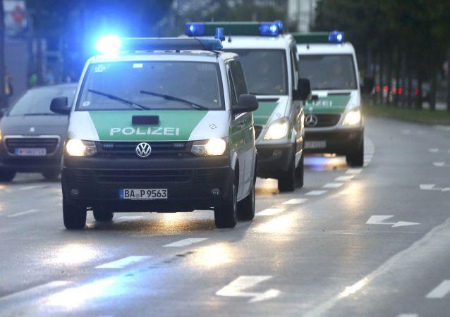 Policejní auta v Mnichově (ilustrační foto)