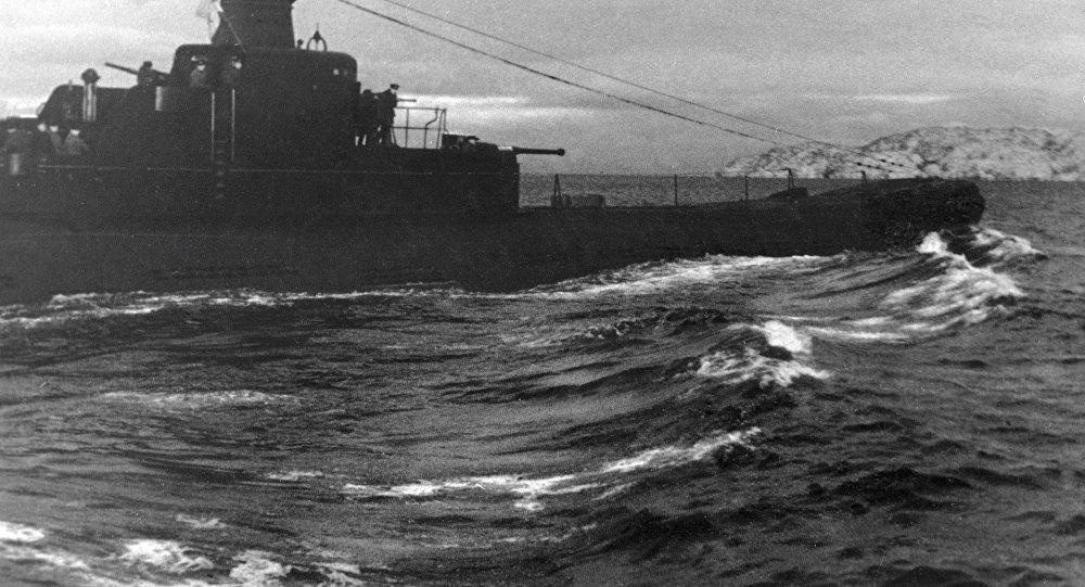 Stará německá loď z doby druhé světové války