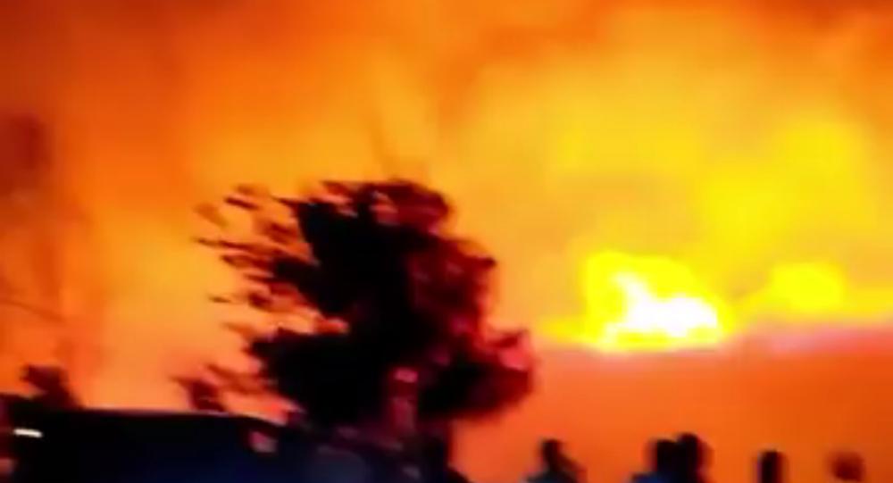 V Turecku vypukl nedaleko základny NATO velký požár
