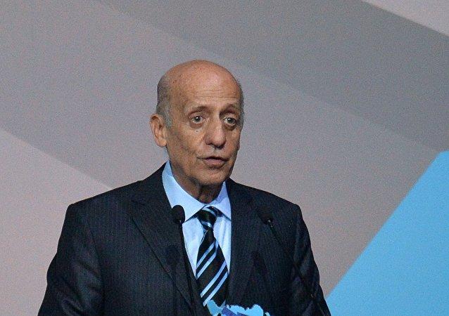 Prezident Mezinárodní plavecké federace (FINA) Julio Maglione