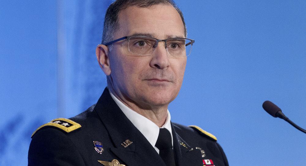 Hlavní velitel sil NATO v Evropě generál Curtis Scaparotti