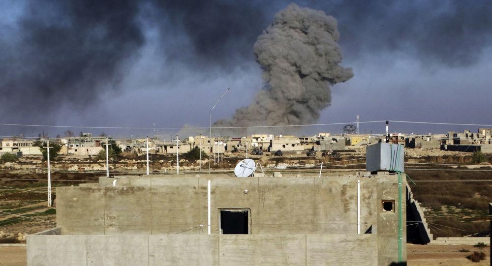 Ruský diplomat oznámil, že v důsledku útoků USA zahynuly v Sýrii desítky civilistů.
