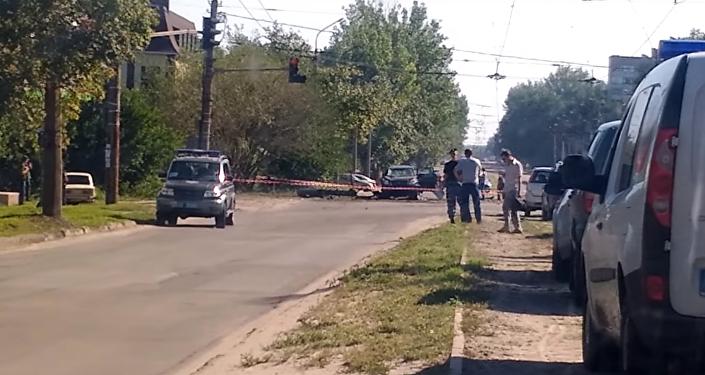 Na internetu se objevily první fotografie a video z místa výbuchu auta Plotnického