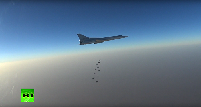 Bylo zveřejněno video útoku ruských Tu-22M3 na objekty IS v Sýrii