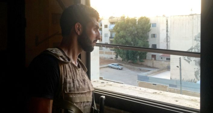 Na jihozápadě Aleppa, kde jsou vládními vojsky obklíčeni bojovníci, pokračují urputné srážky
