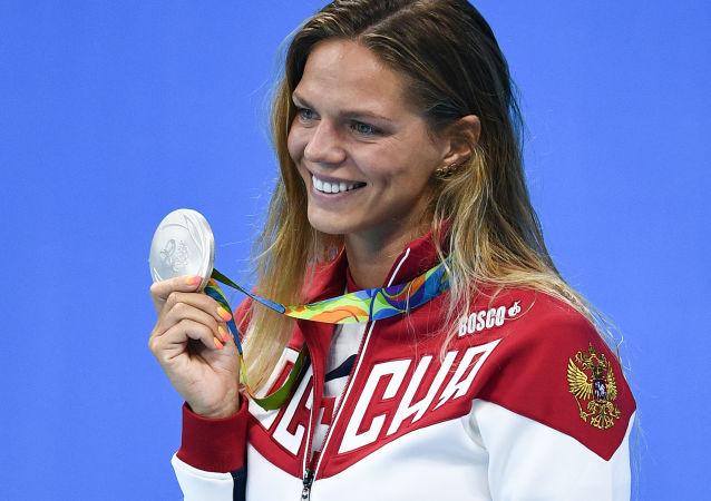 Ruská plavkyně Julije Jefimovová