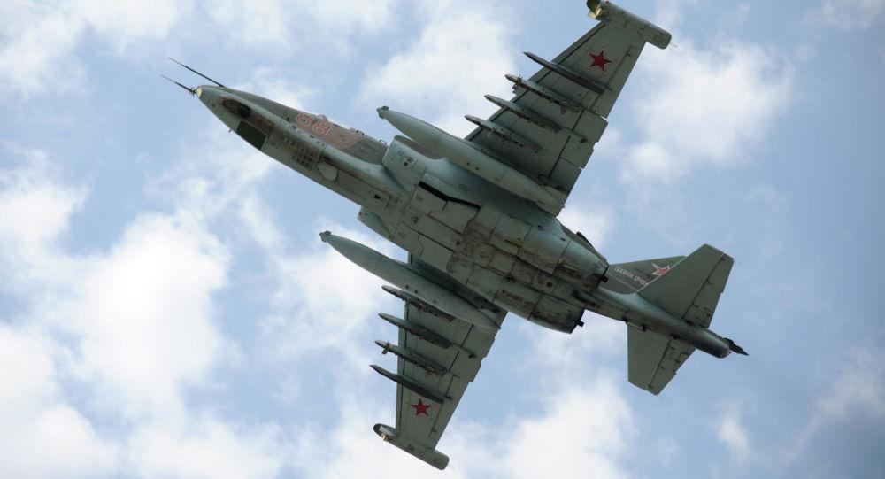 Stíhací bombardér Su-25. Ilustrační foto