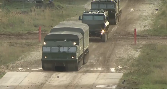 Dynamické ukázky bojové techniky na vojenském fóru Armáda-2016
